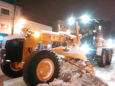 北大通り重機除雪