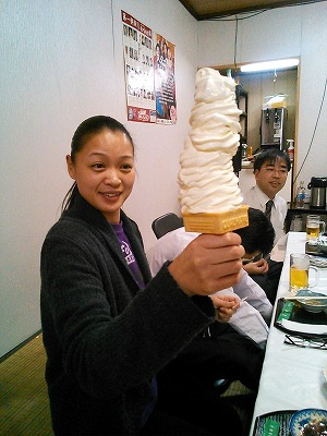 井上食堂5Lソフト丸山さん