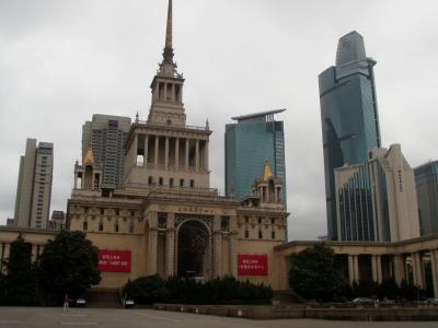 上海展覧中心外観