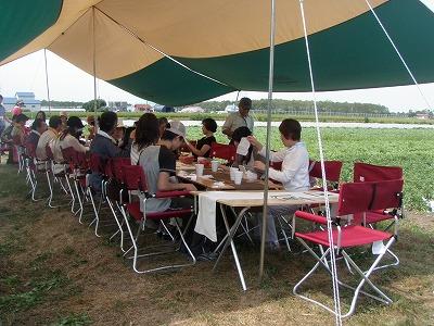 2011トマト畑でレストラン!