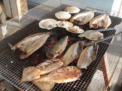 るもい海のふるさと館テラスBBQ海鮮焼き