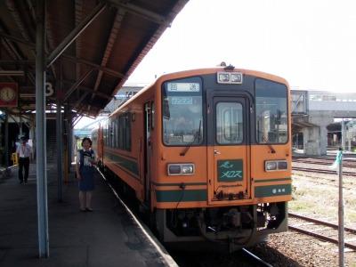 つてつ五所川原駅ホーム