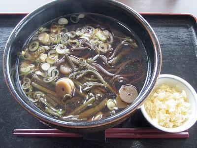 天塩川温泉山菜音威子府蕎麦