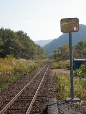 JR筬島駅線路
