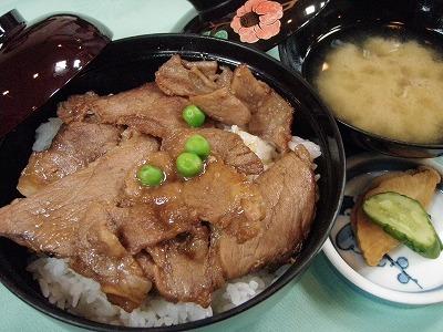 十勝川温泉モール豚の豚丼