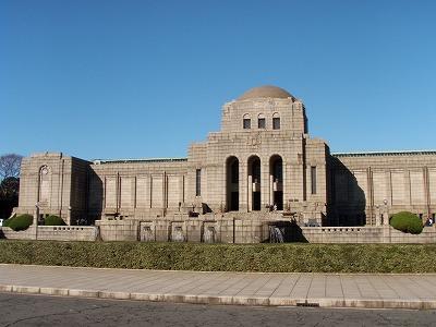 聖徳記念絵画館外観