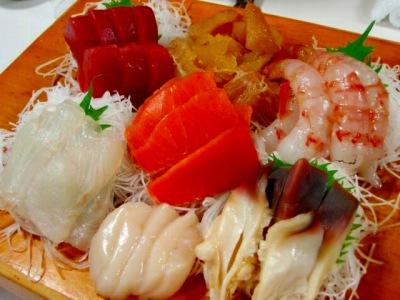 黄金寿司刺身盛り合わせ