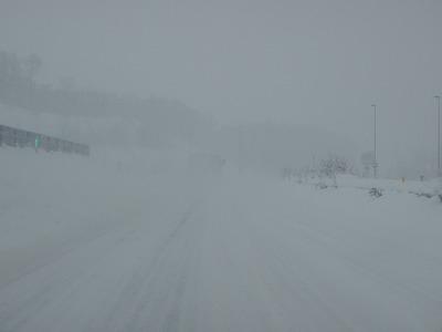 道北道路吹雪