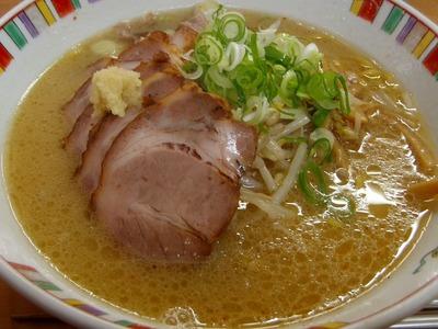 彩未の味噌チャーシューメン!