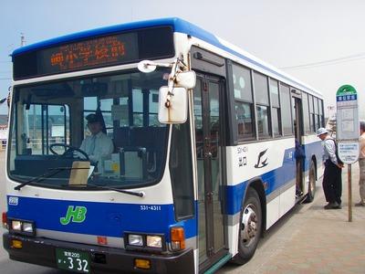 様似駅からJRバス