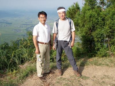 坂戸山頂上にて