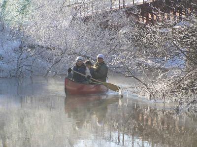 canoe010606-01.jpg