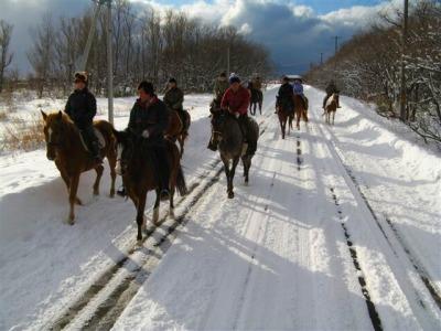 フロンテア乗馬クラブ 雪中乗馬