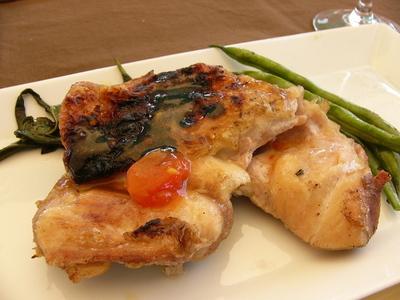 鶏肉のガーリックトマトロースト