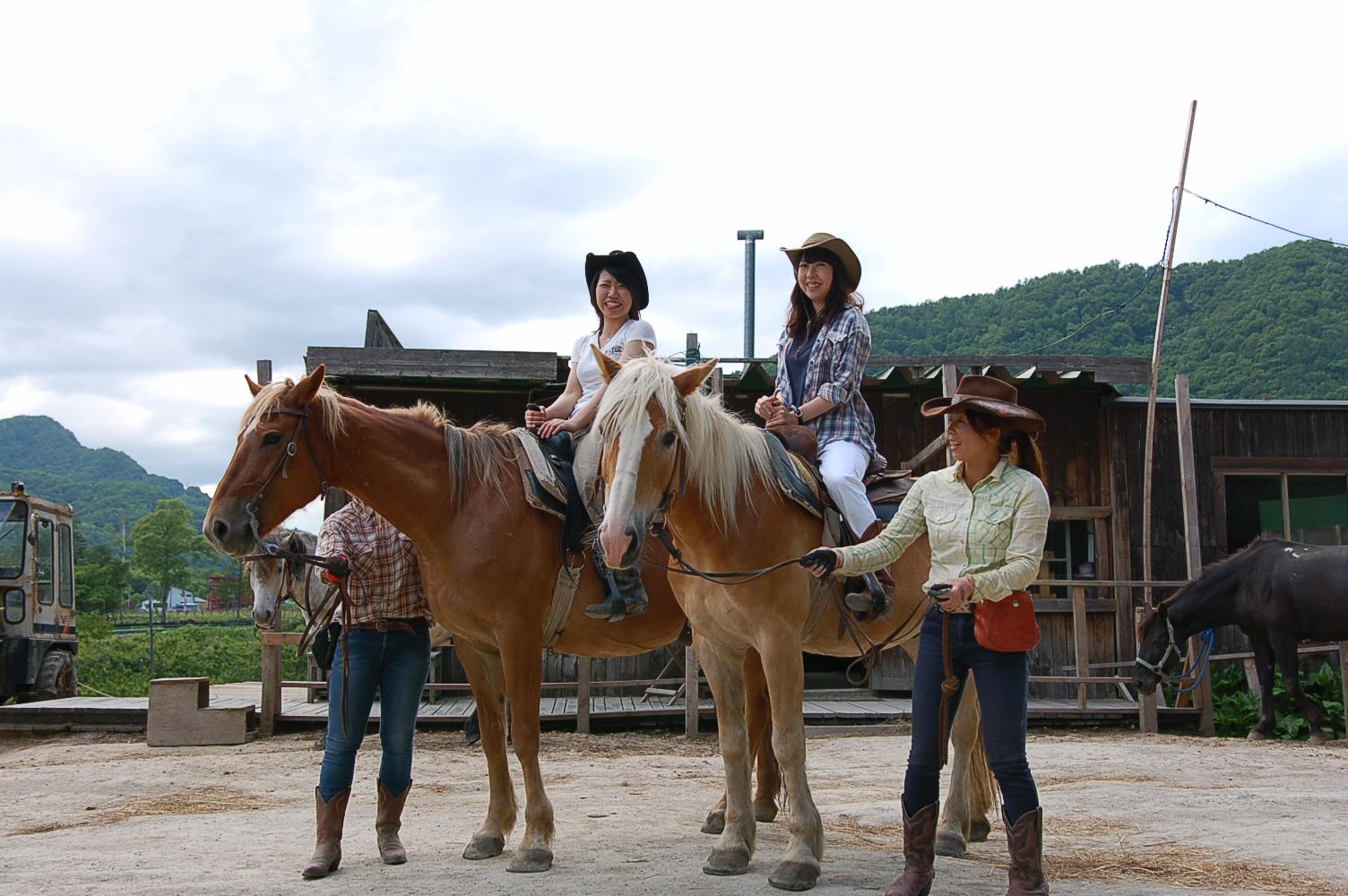 札幌,定山渓,ワイルドムスタングス,乗馬